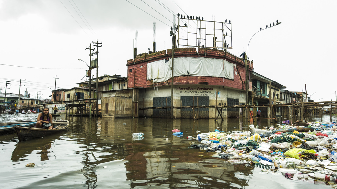 South America - Iquitos Floating Village, 2019 © Elizabeth Streeter, Earth Photo 2019 entrant