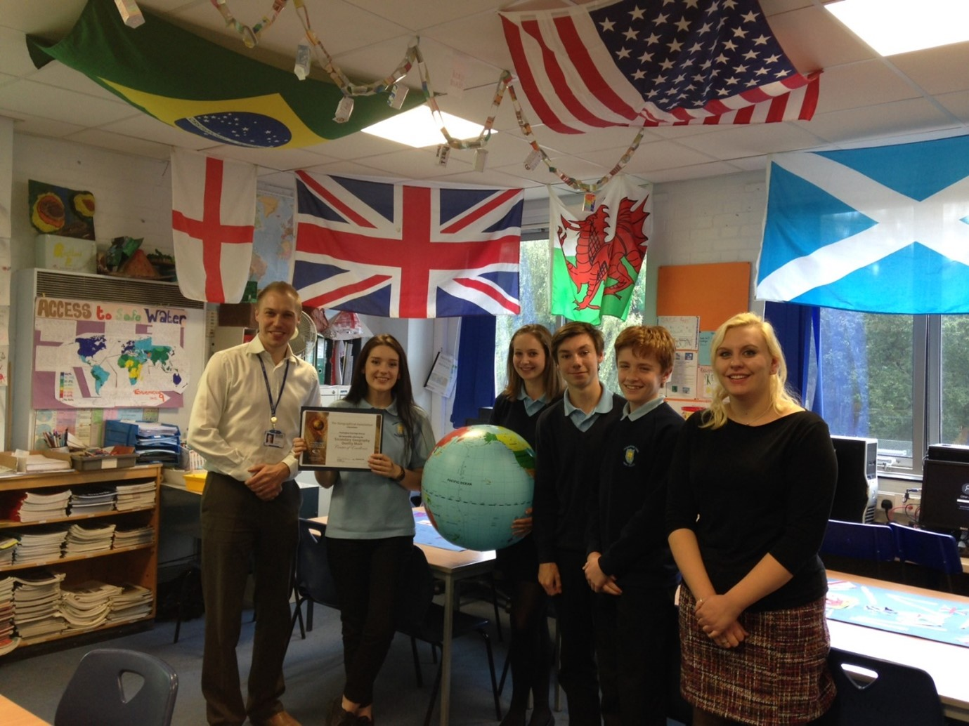 Members of the 2016-17 Geography Leadership Team with the Geographical Association's 'Centre of Excellence' Award